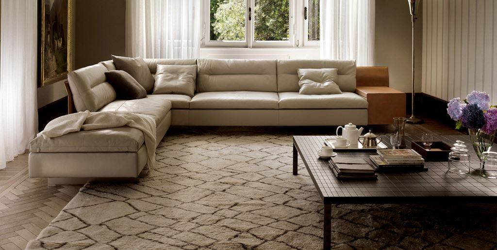 Poltrona Frau sofas | Authorized Dealer | Ronchi è Abitare