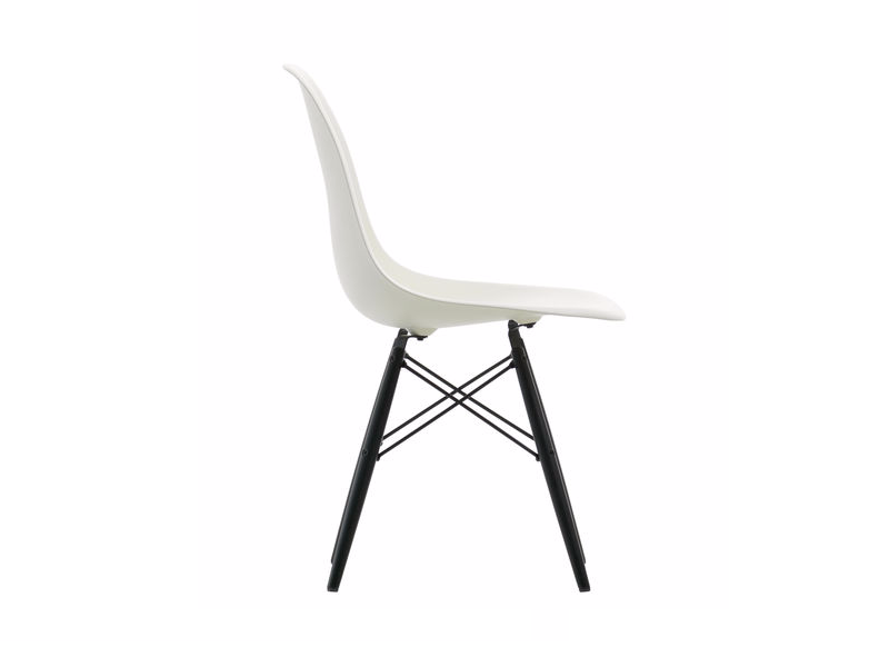 Sedie dsw collezione eames plastic side chair vitra for Sedie contemporanee
